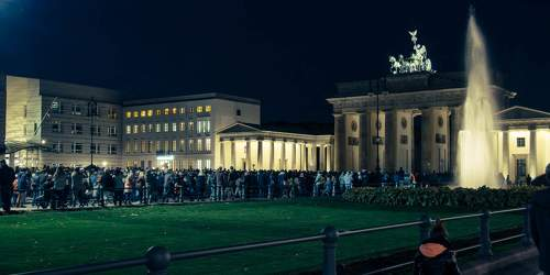 OKT 2015: Festival of Lights, Brandenburger Tor, Pariser Platz, Mitte