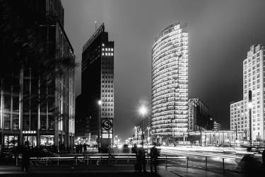 OKT 2016: Festival of Lights, Bahntower, Kollhoff-Tower, Leipziger Platz, Mitte
